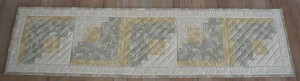 Handmade Quilted Table Runner (over40-9)