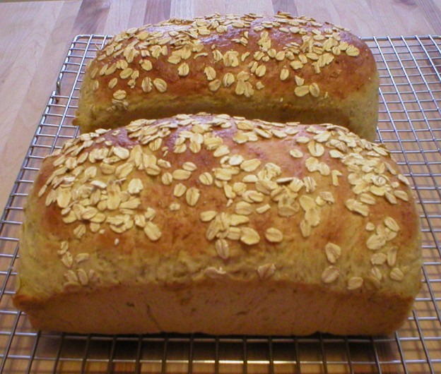 Homemade Oatmeal Bread