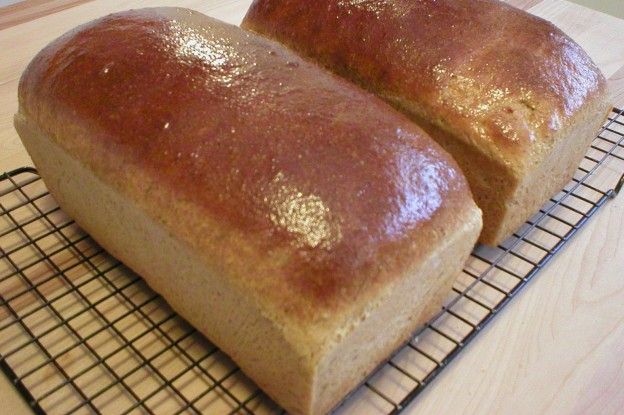 Whole Wheat Flax Bread (Bakery Recipe)