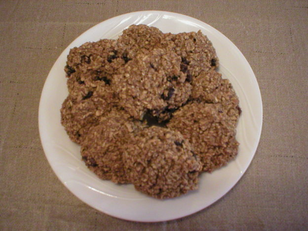 Quick and Easy Banana Oat Cookies